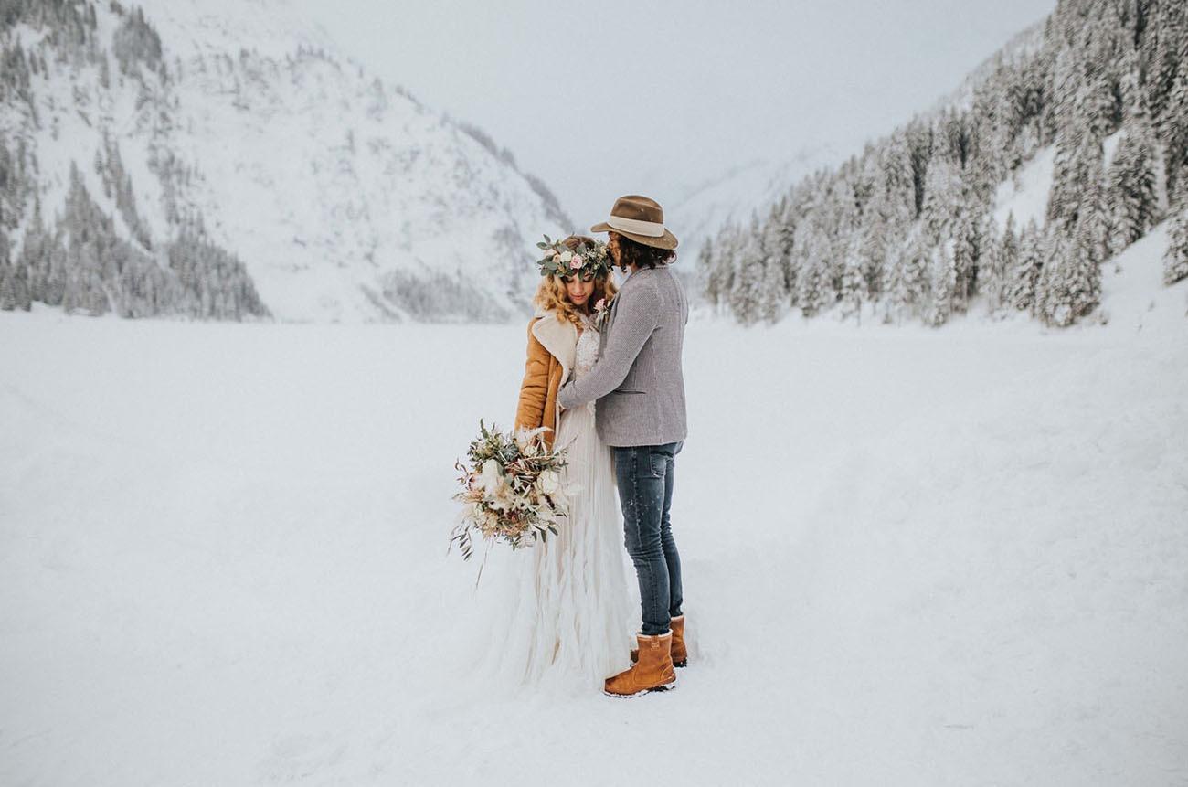snowy winter destination wedding in the Austrian Alps
