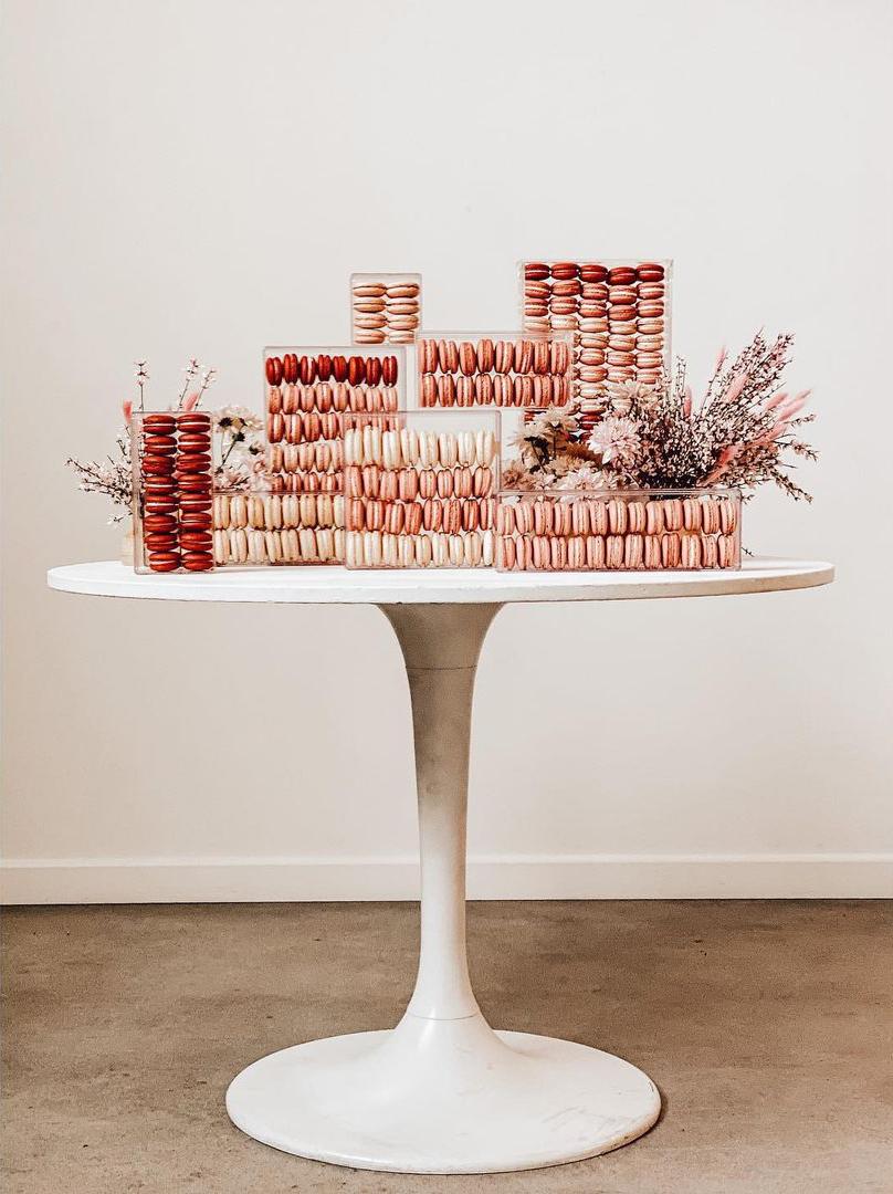 macaron creative display