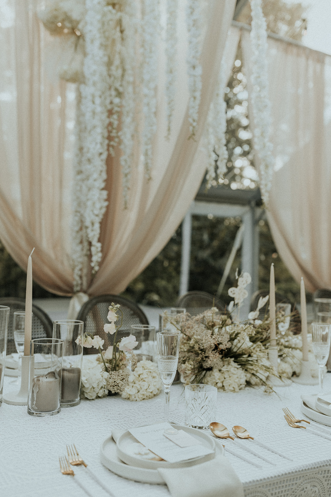 Monochromatic Wedding Inspiration