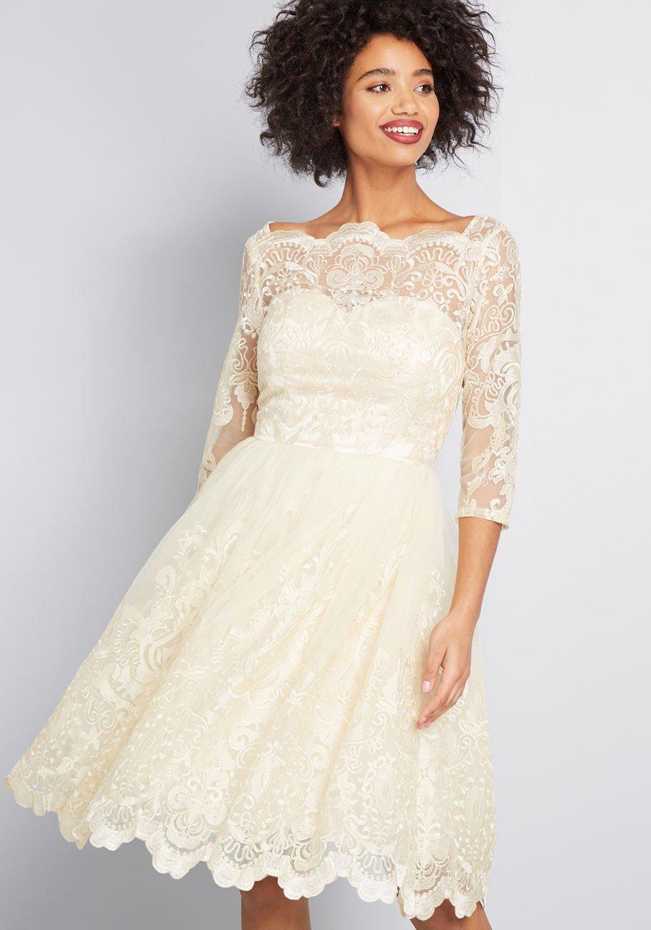 lace vintage reception dress