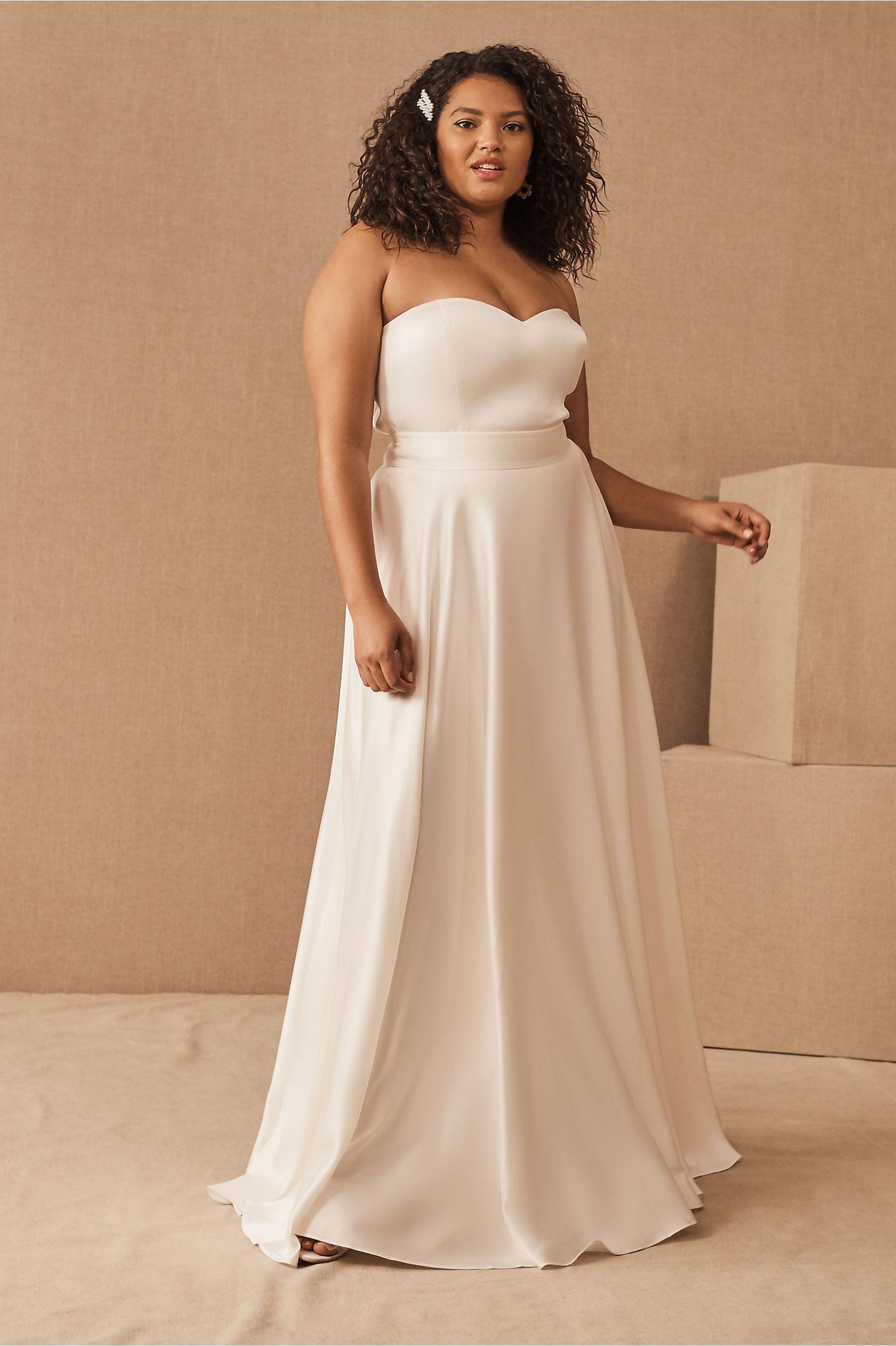 heart neckline wedding dress