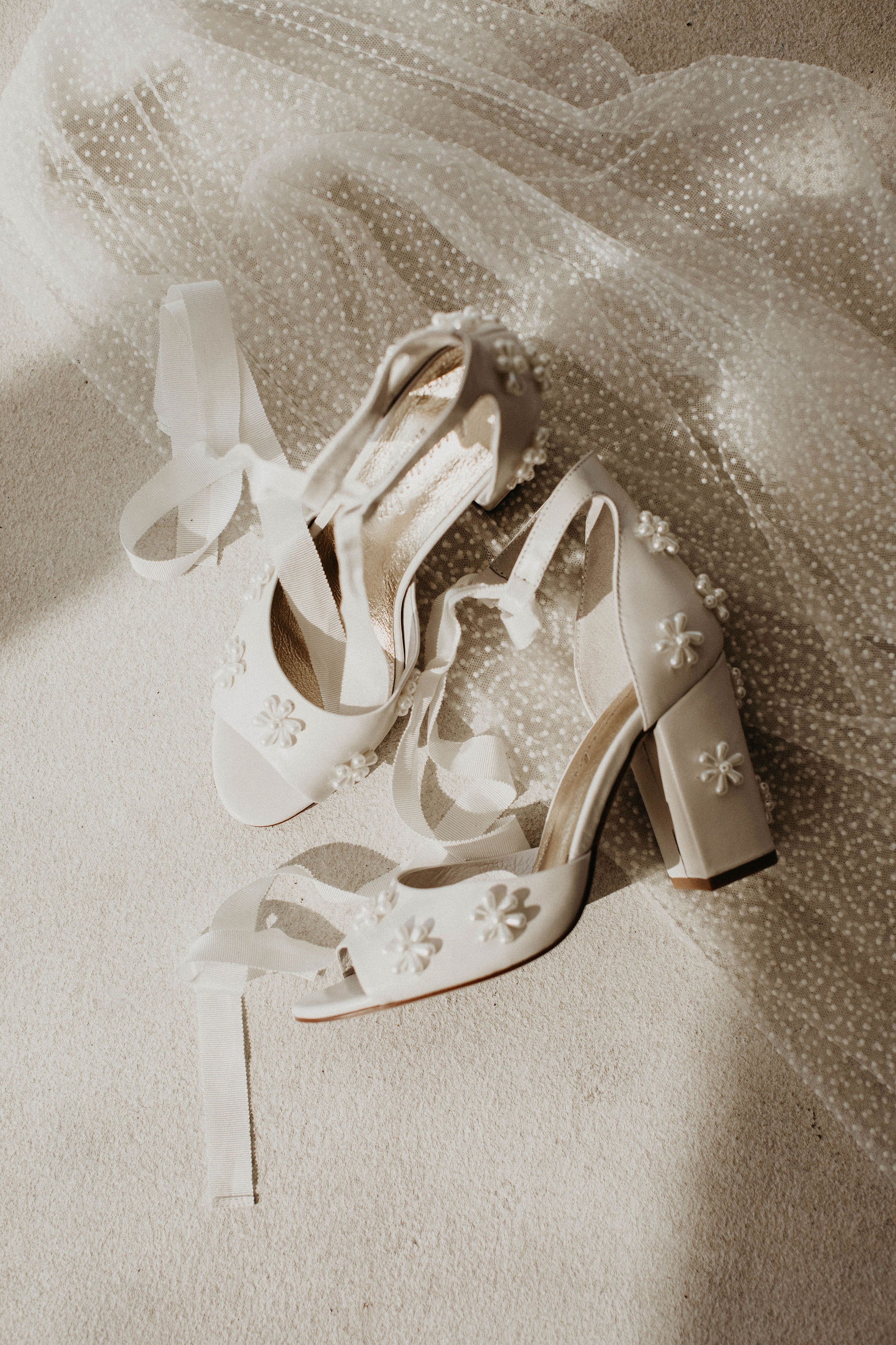 pearl flower bridal shoes