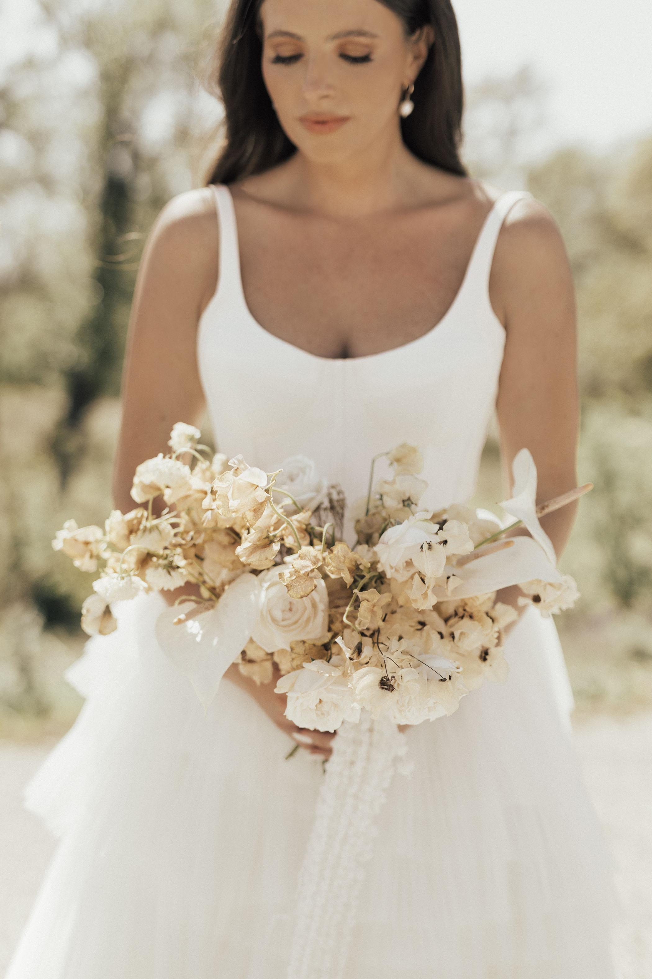 white neutral flower bouquet