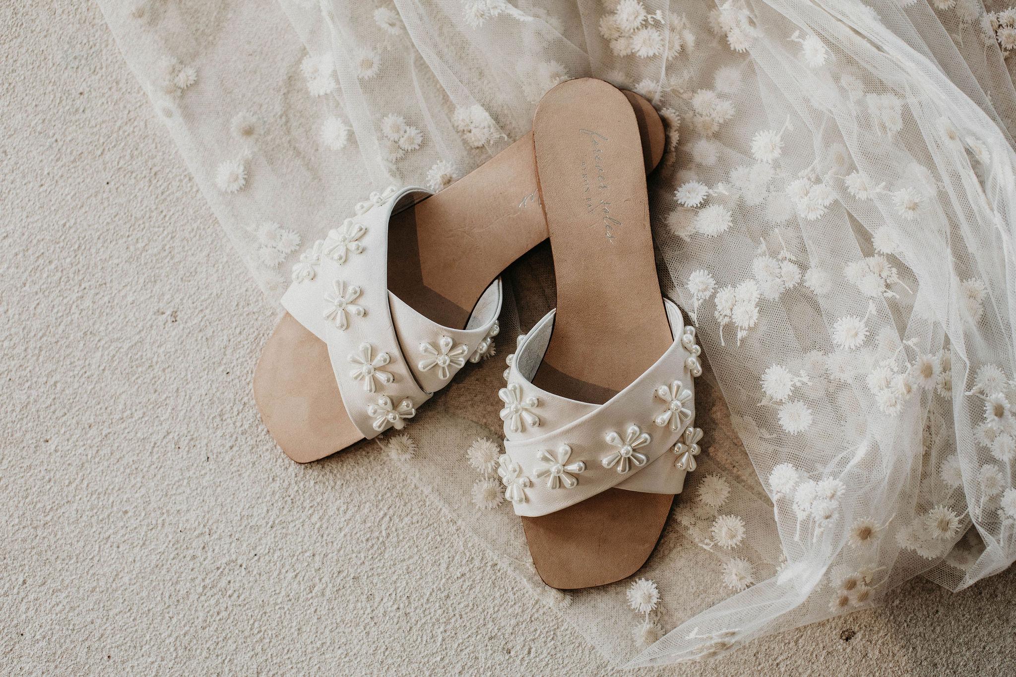 Flat Wedding Slides