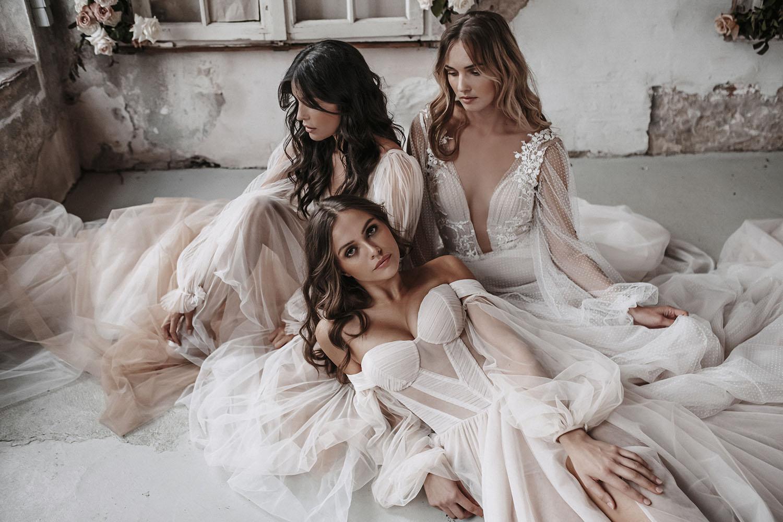 Romantic Wedding Dresses for Fashionable Bride