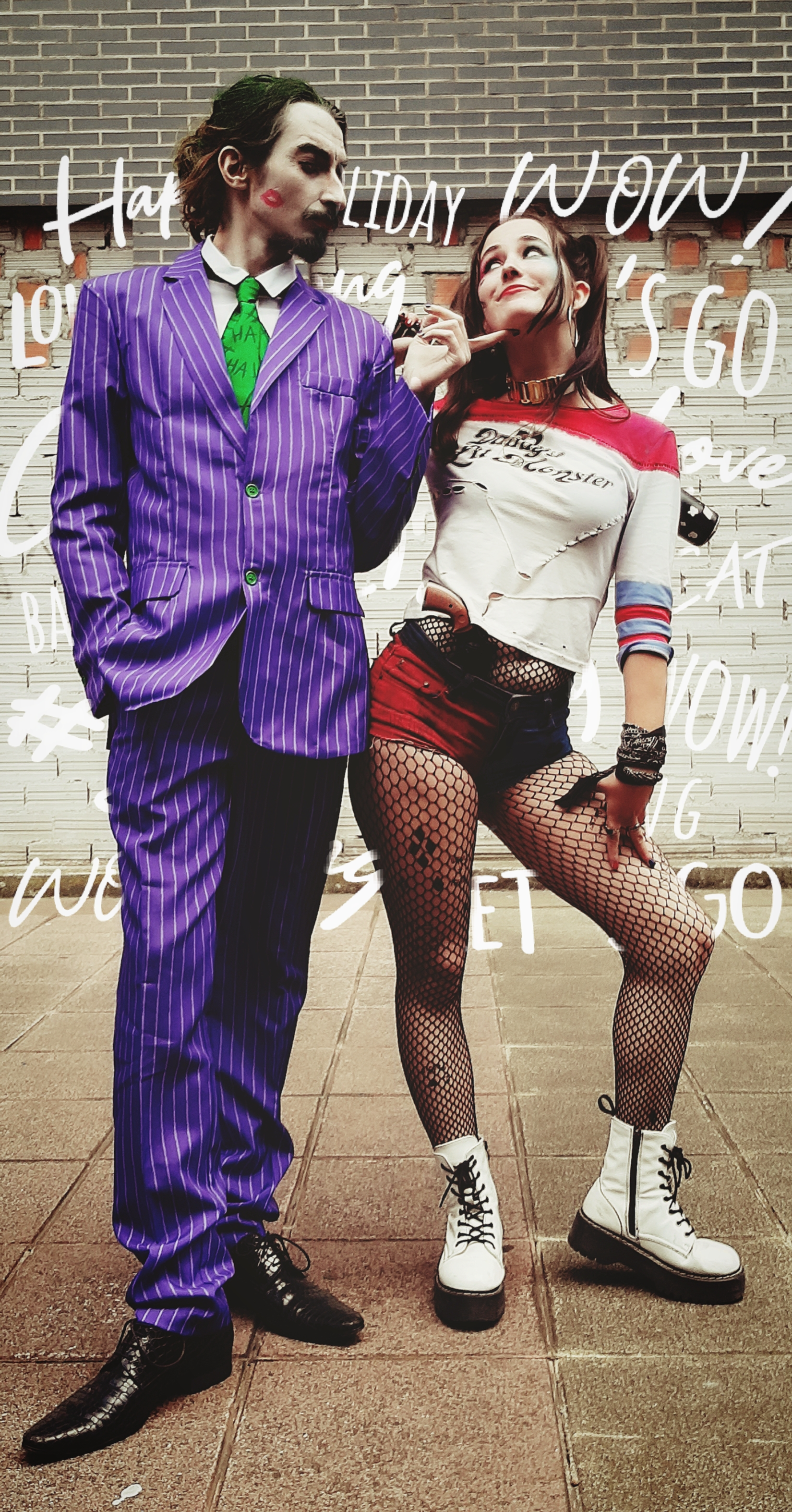 Halloween couple costumes Joker Harley Quinn