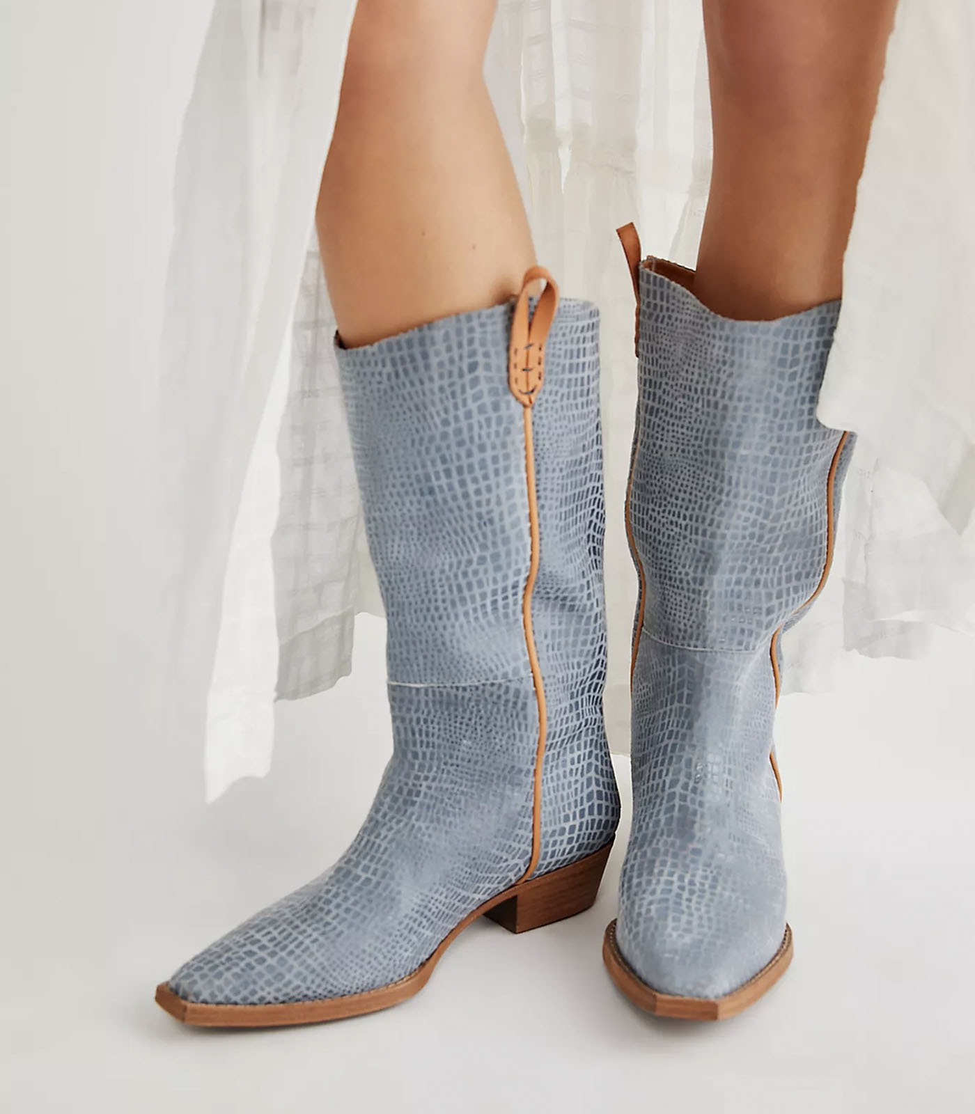 blue cowboy boots for your wedding