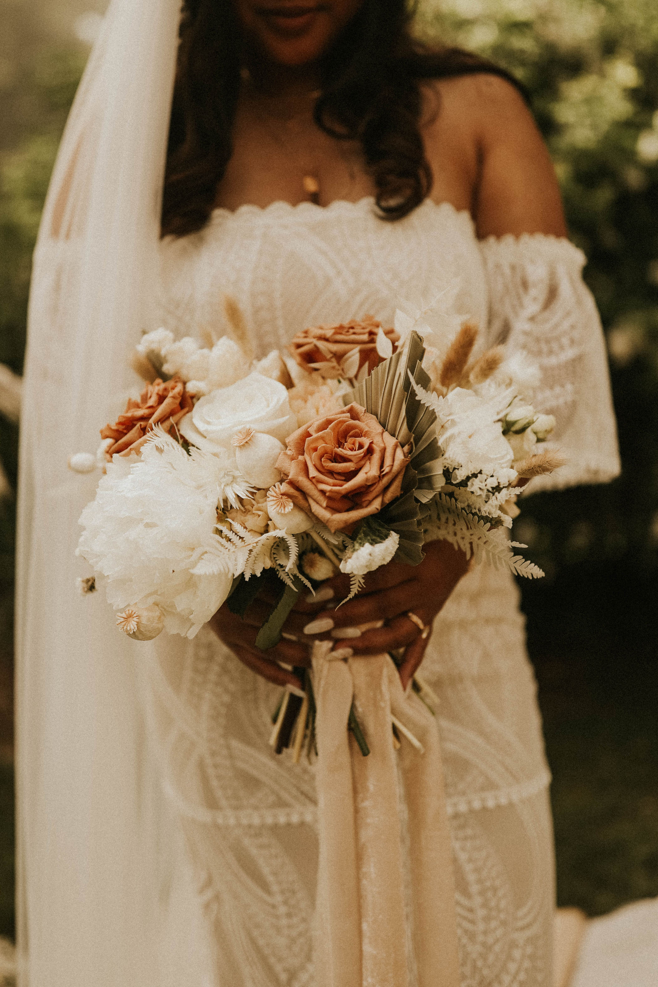 white and terracotta bouquet