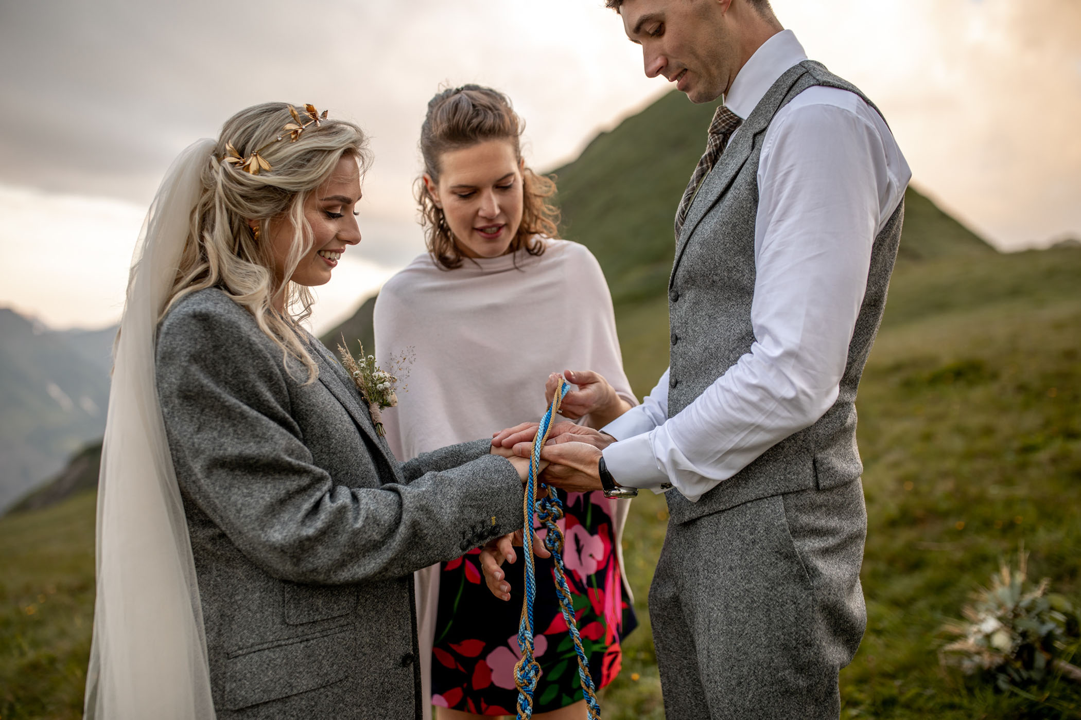 Wedding ceremony tradition in the mountains