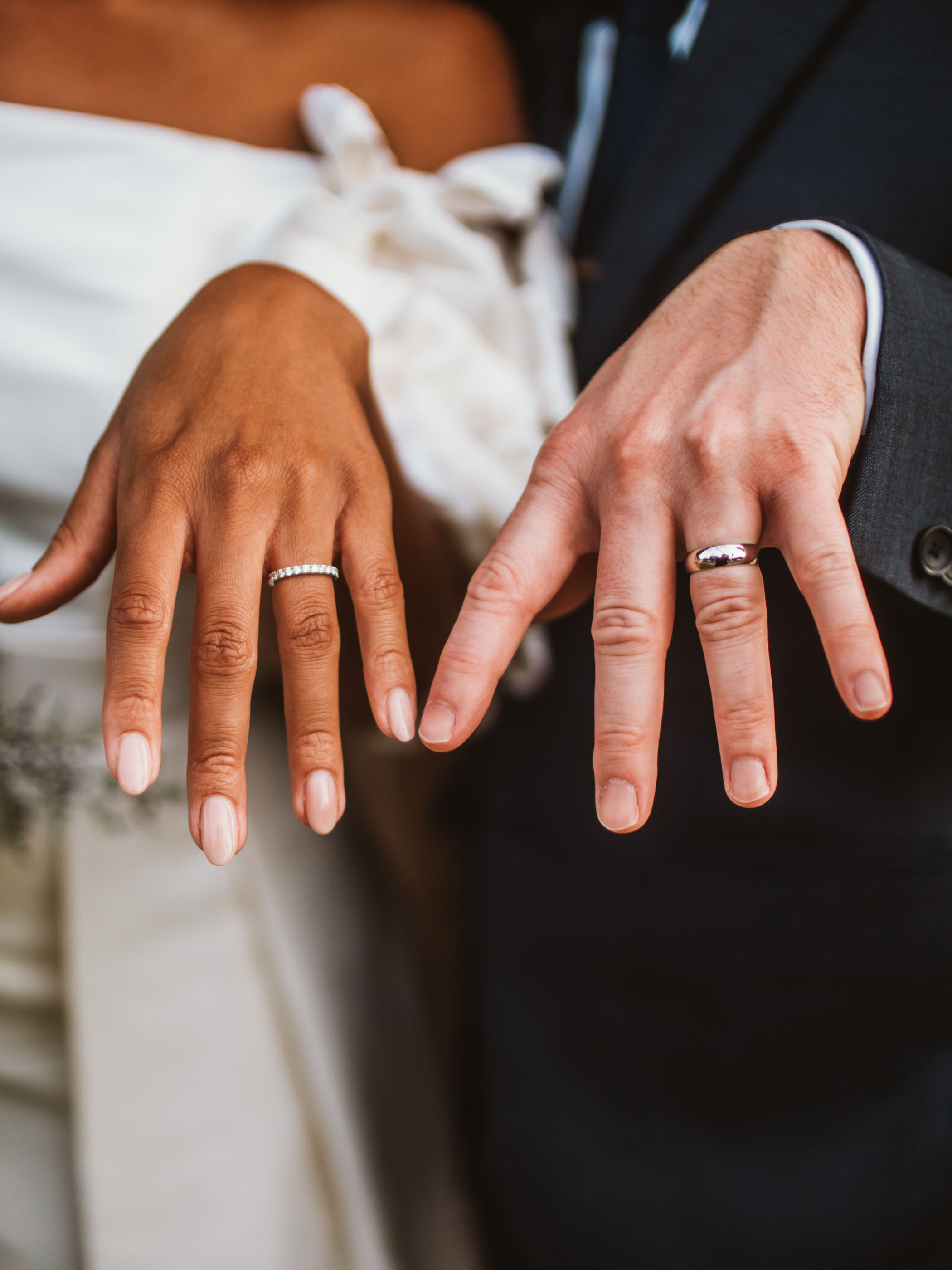 Simple and elegant wedding bands