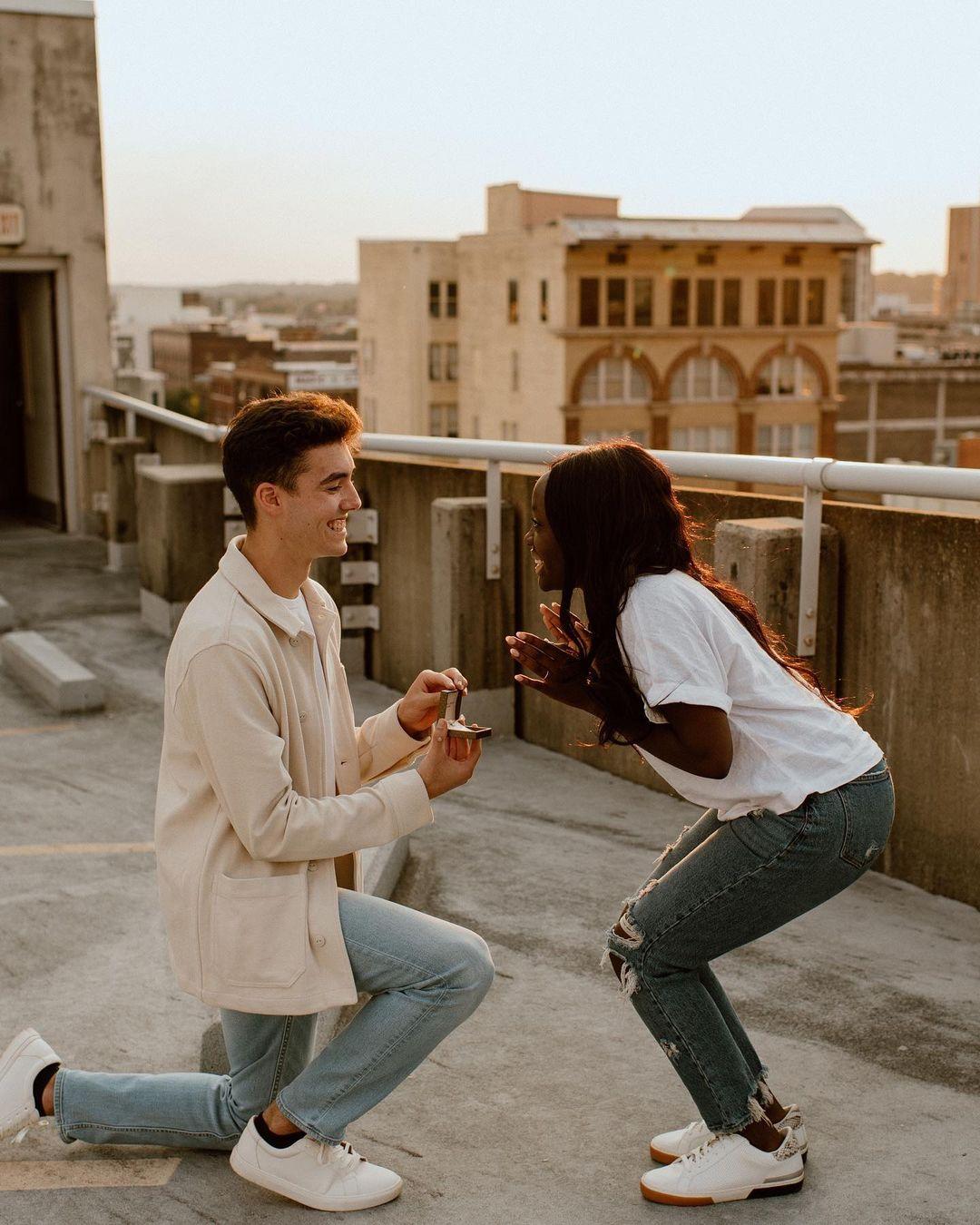 cute rooftop proposal idea